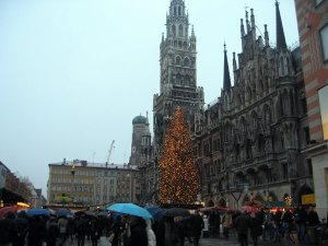 The Marienplatz tree