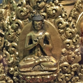 The Vairocana Buddah embodies the Buddhist concept of emptiness.
